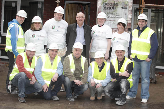 Local volunteers from Glentoran Football Club are pictured at the Glentoran Community Build Day on Thursday 26th January 2011 to help Habitat for Humanity NI build homes on Templemore Avenue for families in East Belfast. Top row - left to right: Robert Moore, Michelle Fullerton, Barry McKenna, Aubry Ralph (Vice-Chairman, Glentoran), Nikki Clarke, Jodie Killops and Russell Lever. Bottom row – left to right: Rev. David Thompson, Danny Burns (Habitat for Humanity), Michael Magee, Rosie Moore and Rab Branney (Habitat for Humanity).