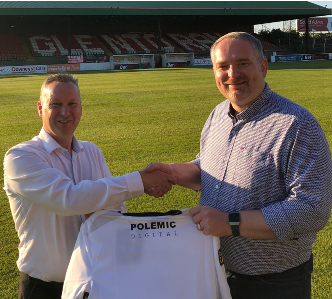 Glentoran's Simon Wallace pictured with Barry Adams from Polemic Digital at The Oval.